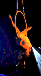 lyra perform